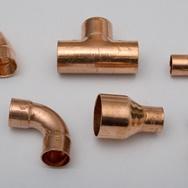 Raccords de tuyauterie de cuivre